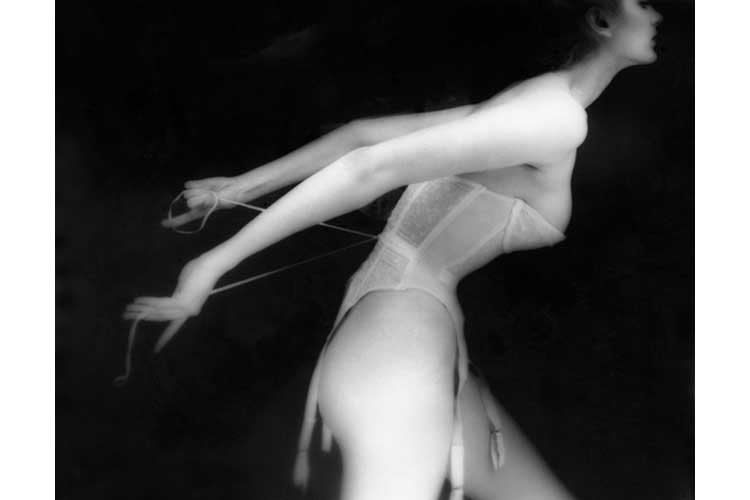Giochi di camera oscura by Lillian Bassman 15ott18 3