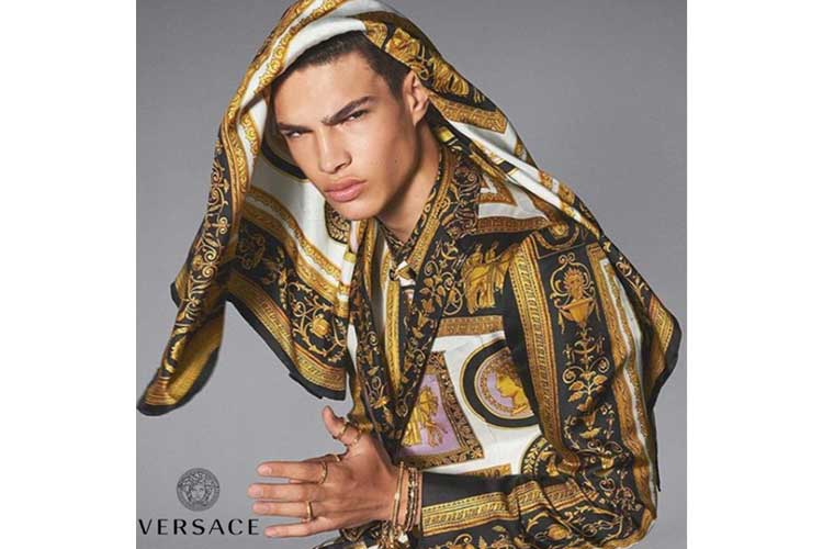 The unforgettable Gianni Versace 6
